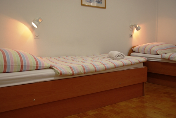79_Youth_Hostel_Poetovio_1037_.JPG