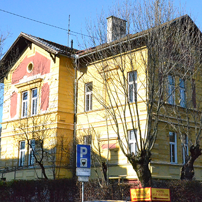 Youth Hostel Vila Veselova