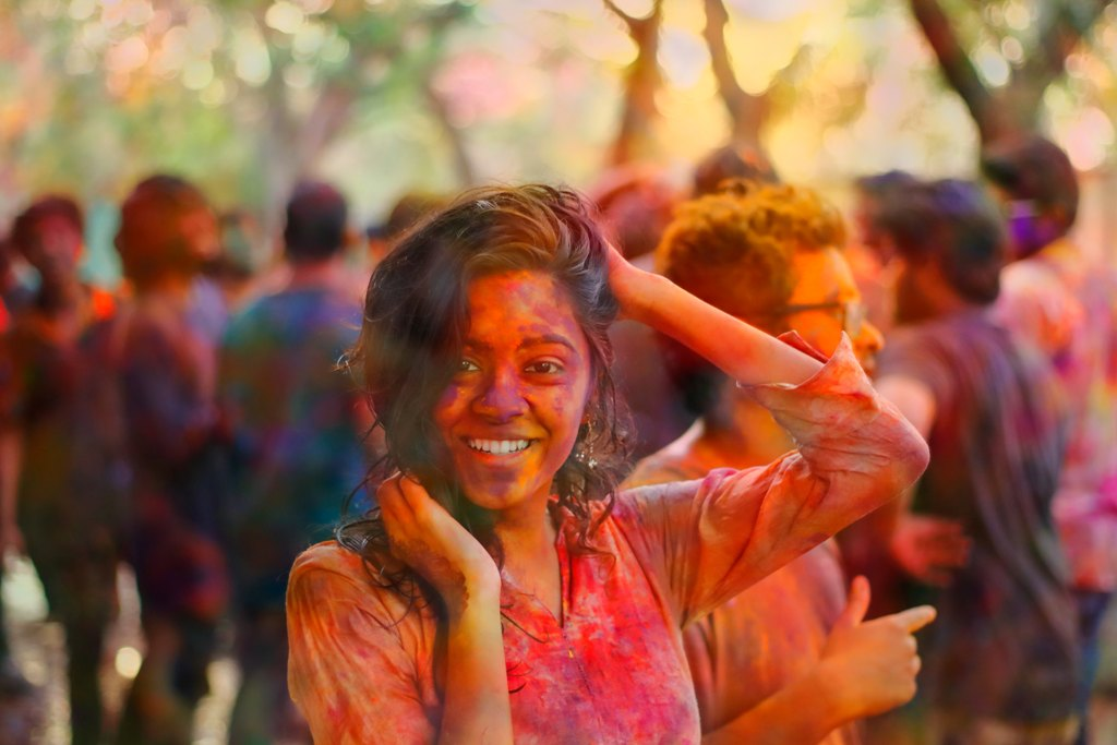 shubham-bochiwal-224917-unsplash_-_pom.jpg